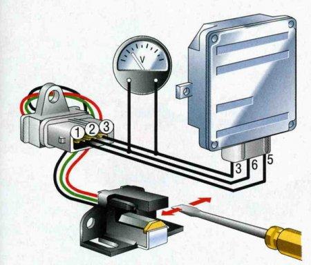 Подключите его к датчику Холла: на контакте - 2, зажмите плюсовой провод, минусовой пойдёт на третий.